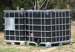 portable-waste-holding-tanks--rent-a-bathroom